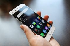 Low-Cost Chinese Smartphone Brand Xiaomi Goes After The Wealthy