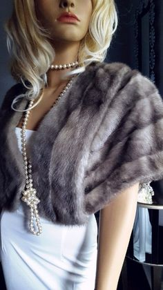 Luxury Vintage Mink Fur Stole , Bridal Bolero , Real Fur, Cerulean , Blue Iris , Silver Sapphire Mink Vintage Fur, Vintage Bridal, Vintage Silver, Bridal Bolero, Wedding Bolero, Bridal Shrugs, Winter Wedding Fur, Winter Bride, Fall Wedding