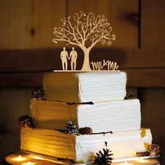 We are ordering this cake topper for the cake. We will have them to put our initials on it with a heart and it will say Dr and Mr.