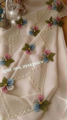 ~ Pin by Rachana Rao on Crochet and needle work Crochet Flower Tutorial, Crochet Flowers, Crochet Lace, Embroidery Sampler, Embroidery Applique, Embroidery Patterns, Bead Embroidery Jewelry, Beaded Embroidery, Crochet Hammock
