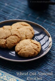 Eggless Wheat Oat Almond Cookies #Recipe for #Christmas | blendwithspices.com