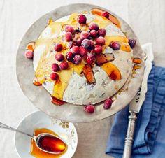Rezept: Baumkuchen-Parfait mit Cranberrys - [LIVING AT HOME]