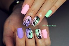 Having short nails is extremely practical. The problem is so many nail art and manicure designs that you'll find online Acrylic Nails Coffin Short, Best Acrylic Nails, Nail Swag, Cute Acrylic Nail Designs, Nail Art Designs, Confetti Nails, Aztec Nails, Happy Nails, Geometric Nail
