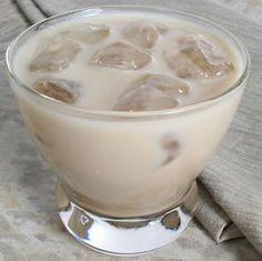 12 Drinks of Christmas #6: White Russian