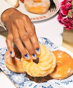 Desserted In Paris Instagram Tal Spiegel   Desserted in Paris pairs immaculate pastries with flashy footwear. #refinery29 http://www.refinery29.com/2016/03/105851/desserted-in-paris-instagram