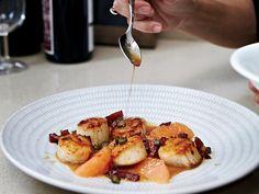 original-201210-r-scallops-with-grapefruit-and-bacon.jpg