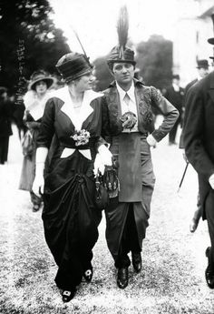 vintage everyday: Photos of Parisian Haute Couture at the Longchamp Racecourse in the Early 1900s