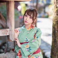 天瀬音羽 I 💗 Japanese Girls Female Pose Reference, Best Portraits, Cute Asian Girls, Female Poses, Yukata, Kawaii Girl, Geisha, Japanese Girl, Kimono