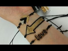 PULSERA DE FLECHA/DELICAS MIYUKI #BISUTERIA - YouTube Beaded Bracelet Patterns, Beaded Earrings, Beaded Bracelets, Wire Jewelry, Beaded Jewelry, Jewelery, Arrow Bracelet, Bracelet Set, Pearl Bracelet