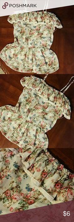 Beautiful top Beautiful silky ruffle top with straps Tops