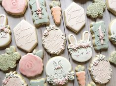 """Cookies that inspire on Instagram: """"These are beautiful!!! Love the soft colors and beautiful designs!⠀⠀⠀⠀⠀⠀⠀⠀⠀ .⠀⠀⠀⠀⠀⠀⠀⠀⠀ .⠀⠀⠀⠀⠀⠀⠀⠀⠀ .⠀⠀⠀⠀⠀⠀⠀⠀⠀ By…"""" Cookies For Kids, Fancy Cookies, Royal Icing Cookies, Custom Cookies, Easter Cookie Recipes, Easter Cookies, Birthday Cookies, Baby Birthday Decorations, Sugar Cookie Cakes"""