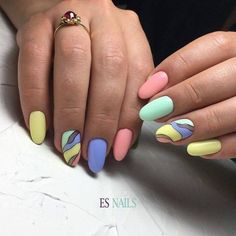 Best Nail Polish Colors of 2019 for a Trendy Manicure Nail Polish Designs, Cool Nail Designs, Nail Polish Colors, Cute Nail Art, Cute Nails, Summer Nails 2018, Es Nails, Easter Nails, Strong Nails
