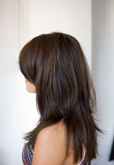 The Fabulous Long Layered Hairstyle with Side Bangs for Long Brunette Straight Hair
