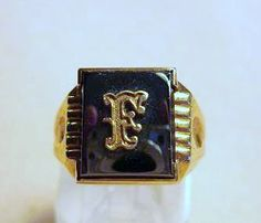 Antique Gents GOLD SIGNET RING- F  289.00