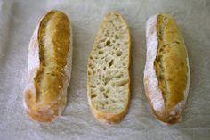 atelier-pain, le blog de Gatococo: Mini-baguettes au levain à la T 80