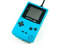 Game Boy Color transformado em HD Externa de 1TB! Shut up and take my money!!!