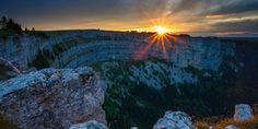 Creux du Van Switzerland Trip, Immense, Mount Rainier, Grand Canyon, Vans, Canada, Mountains, Nature, Travel