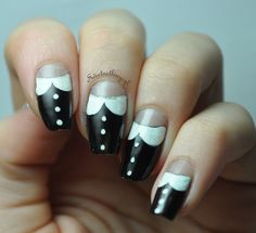 Peter Pan collar mani