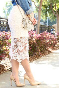 H&M White Knee Length Lace Skirt