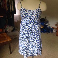 NWOT Forever 21 dress Really cute brand new blue & cream design dress. Forever 21 Dresses