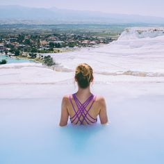 The cotton castles of #Pammukale in #Turkey which are naturally forming calcium springs - looks like swimming on clouds. Captured by @polkadotpassport More travel stories and travel style at www.supernomad.co.uk - come and share the inspiration. #thesupernomad #travel #travelstories #travelfashion #travelblog #travelinspiration #instatravel #beautifuldestinations #awesomeearth #bestvacations #exploremore #travellingourplanet #bestvacations #picoftheday #visitturkey #summer #travelstyle…