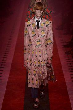 Gucci - Pasarela | Galería de fotos 26 de 77 | VOGUE