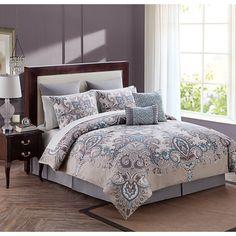 Create a rich and inviting ambiance in your bedroom with the Istanbul 12pc Comforter Set. This set has a beautiful paisley print and is complete with all the accessories you will need to give your bedroom décor the transformation it needs this season.