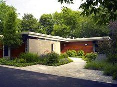 Ideas Mid Century Ranch Remodel Exterior Decor For 2019 Modern Backyard Design, Modern Landscape Design, Modern House Design, Mid Century Ranch, Mid Century House, Bungalows, Modern Exterior, Exterior Design, Ranch Exterior