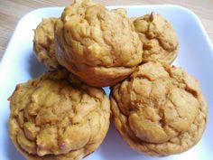 Pumpkin banana greek yogurt muffins - Drizzle Me Skinny!Drizzle Me Skinny! Weight Watchers Pumpkin, Weight Watchers Desserts, Ww Desserts, Healthy Desserts, Healthy Recipes, Dessert Dishes, Healthy Muffins, Healthy Treats, Skinny Recipes