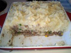 "Shepherd's Pie! ""I love shepards pie!  I mash potatoes,  mix beef veggies n gravy n layer potatoes on top!   Seriously delicious!""  @allthecooks #recipe #pie #shepherds #dinner #easy #quick"