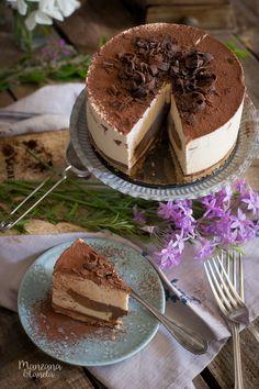 Tarta helada de Tiramisú. Receta con Mesura, sin azúcar refinado. Tiramisu icecream cake. #sugarfree #nobake Fun Baking Recipes, Sweet Recipes, Dessert Recipes, Cake Base Recipe, Ice Cake, Chocolates, Tiramisu Cake, Vegan Ice Cream, Mousse Cake