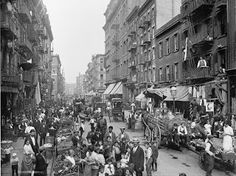 size: Art Print: Market on Mulberry Street in New York City Photograph - New York, NY by Lantern Press : New York Street, New York City, Little Italy New York, Williamsburg Bridge, Mulberry Street, Or Mat, Vintage New York, Famous Landmarks, City Photography