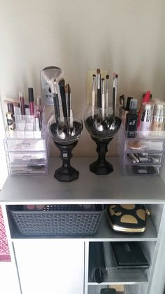 Why buy! DIY brush holders and makeup organizers all parts from the dollar tree