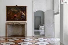 Al prezzo di 3.500.000 € proponiamo in vendita questo splendido appartamento di rappresentanza in un palazzo storico del '700 che si trova nel cuore di #Torino, in Piazza Carlina. Maggiori dettagli su B-Fly Home: #solobellecase