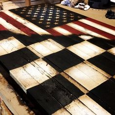 New American checkered racing flag ! Turned out really nice. Perfect for any race fans home, deck,or man cave! Valentina Rupaul Drag Race, Racing Bedroom, Motocross Bedroom, Nascar Room, Dirt Track Racing, Nascar Racing, Auto Racing, Racing Cake, Racing Quotes