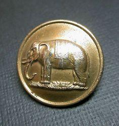 VERY NICE BRASS ELEPHANT BUTTON PITT & CO LONDON BACK