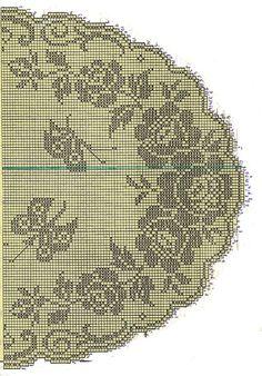 Розы и бабочки салфетка крючком схема