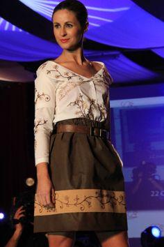 Prémio BMCar, atribuído na Gala Namorar Portugal 2013, no Xº Concurso Internacional de Criadores de Moda.
