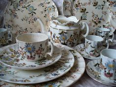 Tea Time, Tea Cups, China, Facebook, Coffee, Tableware, Pretty, Porcelain Ceramics, Kaffee