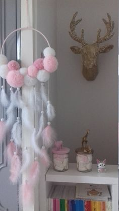 This article is not available. This article is not available – craft ideas children – Diy Home Decoration Diy Crafts Hacks, Diy Crafts For Gifts, Diy Home Crafts, Baby Crafts, Crafts For Kids, Dream Catcher Decor, Diy Bebe, Pom Pom Crafts, Baby Decor