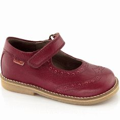 Froddo girls red leather mary jane shoes G3140021 Fall Winter, Autumn, Childrens Shoes, Mary Jane Shoes, Brogues, Red And Pink, Mary Janes, Red Leather, Classic