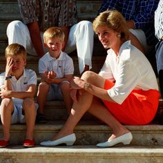Diana and her boys in Majorca, Spain were guests of the Spanish Royal Family.
