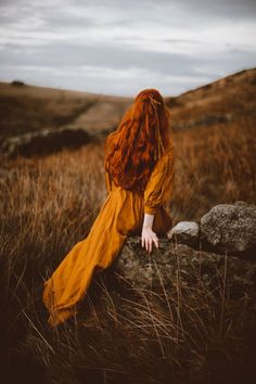 Alone Photography, Girl Photography, Lovely Girl Image, Girls Image, Princess Aesthetic, Book Aesthetic, Ginger Hair, Clothes Horse, Redheads