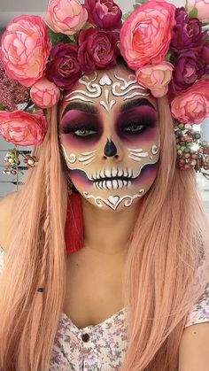 Amazing Halloween Makeup, Halloween Eyes, Halloween Looks, Creepy Halloween Makeup, Halloween Skull, Fantasy Make Up, Fairy Fantasy Makeup, Sugar Skull Makeup, Sugar Skull Face Paint