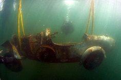 Bugatti-Versteigerung: Untersee-Oldtimer unterm Hammer
