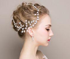 安いファッション水晶印ブライダルヘアジュエリーブライダルのヘアアクセサリーヘアバンド女性のパーティーティアラの髪の装飾頭飾り、購入品質髪の宝石、直接中国のサプライヤーから: 親愛なる顧客、 私たちは常にあなたを販売するために全力を尽くして低価格とアイテム、 価格が見つかった場合は1つまたはいくつかの項目で私たちの店は、 他のものより少し高い、 を行ってくださいを教えて、 我々が選択す