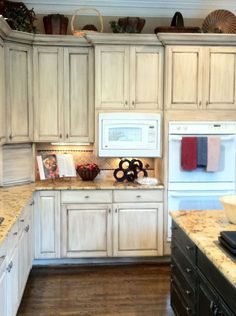 Awesome Painting Kitchen Cabinet #Painting #Kitchen+Cabinet