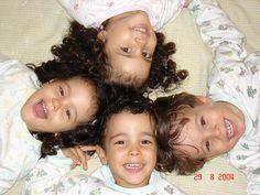 négyes ikrek, quadruplets