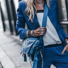 Via @i__am_fashion  @mikutas  . . . #blue #loveblue #pants #suit #top #bag #details #accessories #ootd #outfit #outfitoftheday #streetstyle #streetfashion #fashionstyle #fashionwear #wearing #wiwt #todaystyle #citystyle #goingout #fashiondaily #stylish #cityfashionblogger  via ✨ @padgram ✨(http://dl.padgram.com)