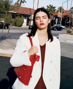 Supermodel Kendall Jenner is styled by Sara Moonves in Angelo Pennetta images for Vogue US March Hair by Tamara McNaughton; makeup by Emi Kaneko Kendalll Jenner, Kardashian Jenner, Kendall Jenner Icons, Kendall Jenner Photoshoot, Kendall Jenner Modeling, Vogue Us, Jenner Sisters, Look Fashion, Girl Crushes